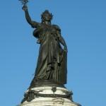 Statue_place_de_la_République_à_Paris,_2010